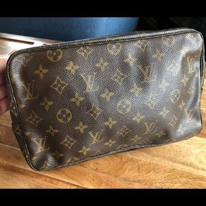 Louis Vuitton Trousse 28 Cosmetics Bag